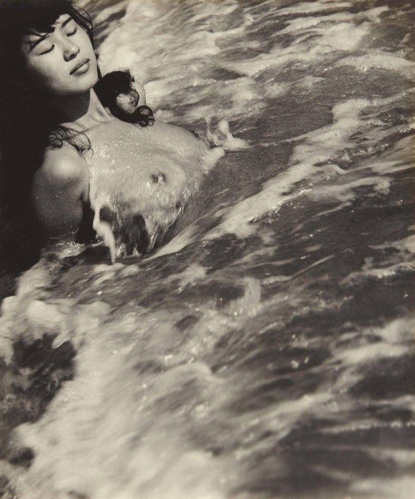 «Женщины моря». Фотограф Ивасе Ёсиюки 12