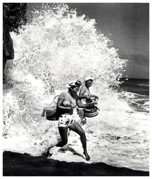 «Женщины моря». Фотограф Ивасе Ёсиюки 3