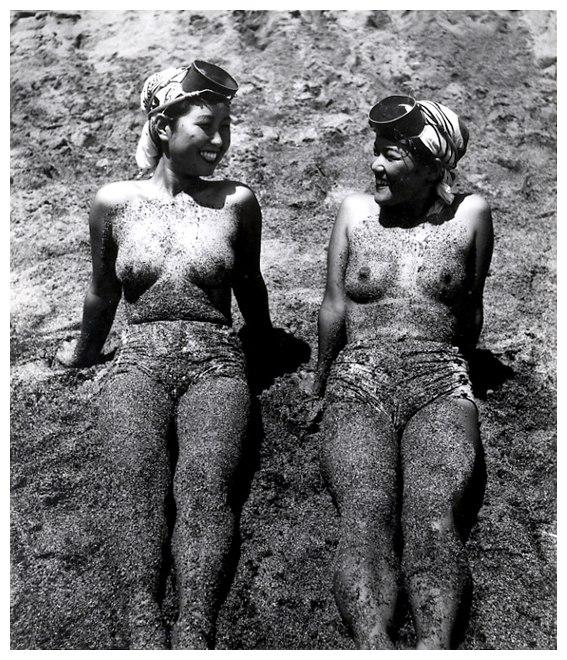 «Женщины моря». Фотограф Ивасе Ёсиюки 40