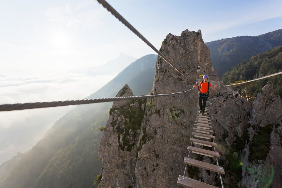 27 Most Dangerous Footpaths Around The World 6