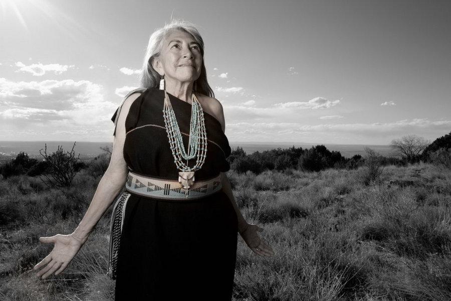 Этот фотограф снимает портреты всех 566 коренных американских народов 13