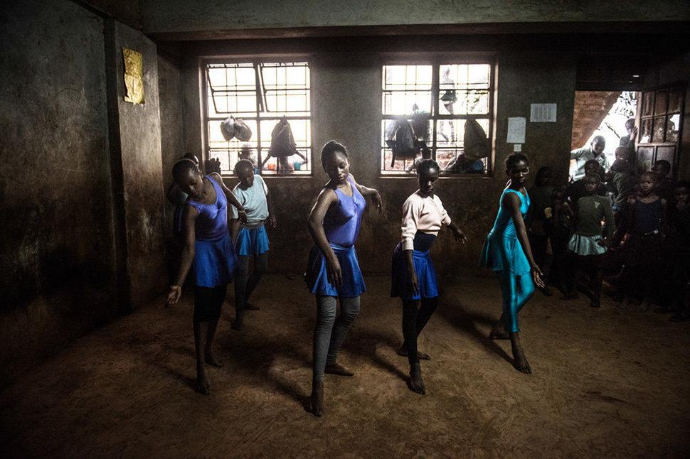 Балет в трущобах. Фотограф Фредрик Лернерид 1