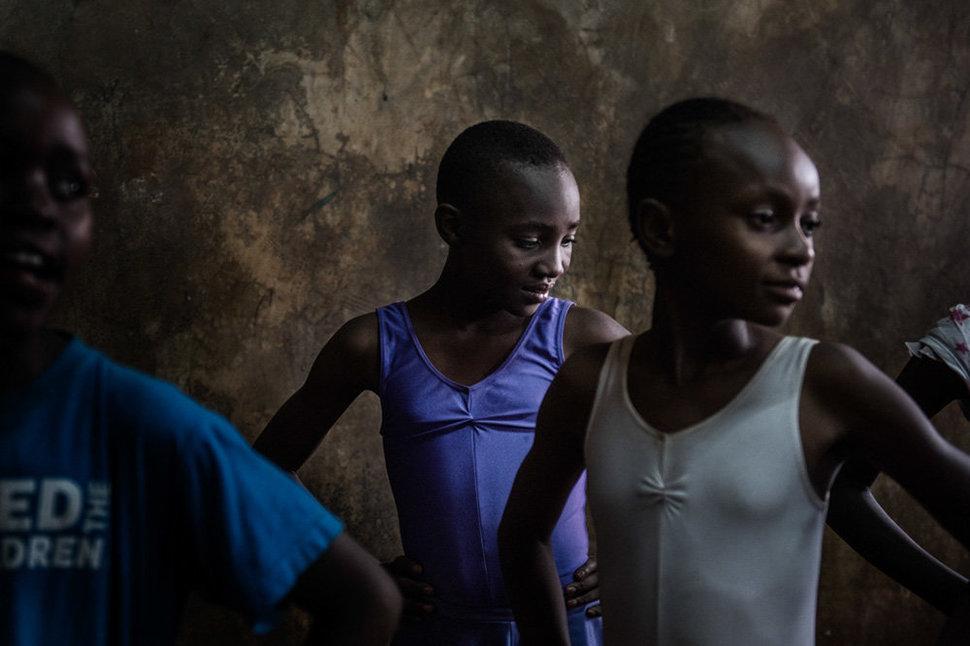 Балет в трущобах. Фотограф Фредрик Лернерид 13