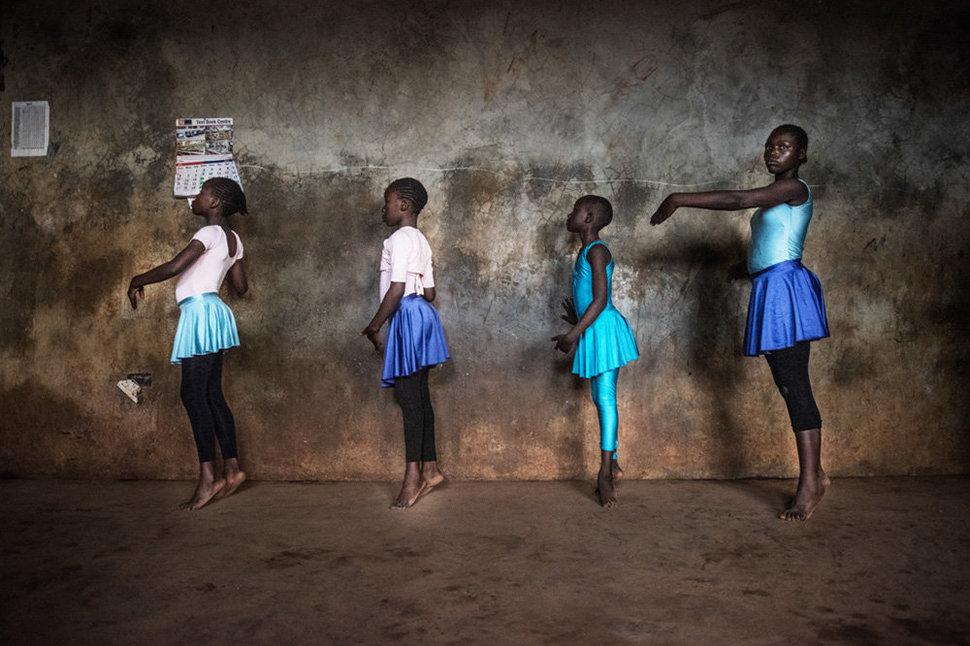 Балет в трущобах. Фотограф Фредрик Лернерид 19