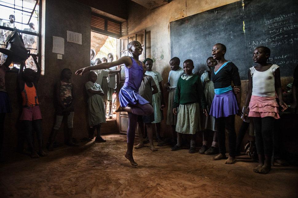 Балет в трущобах. Фотограф Фредрик Лернерид 21