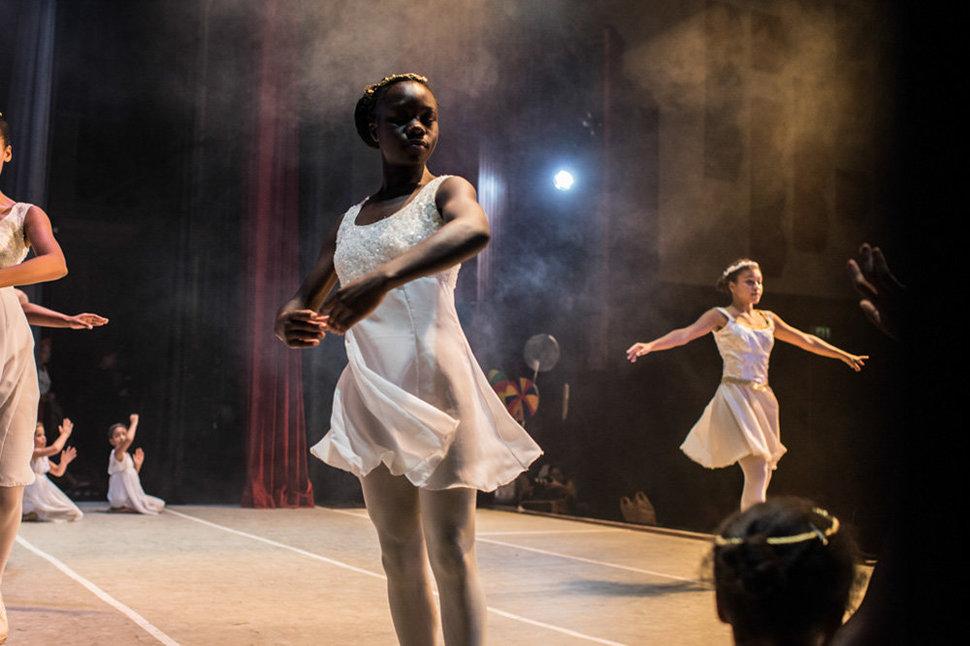 Балет в трущобах. Фотограф Фредрик Лернерид 32