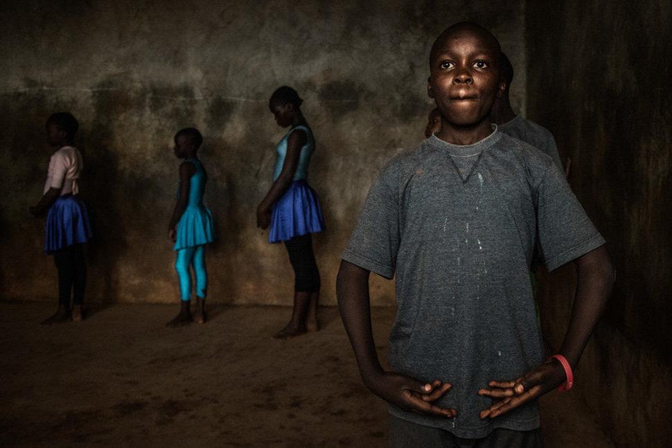 Балет в трущобах. Фотограф Фредрик Лернерид 9