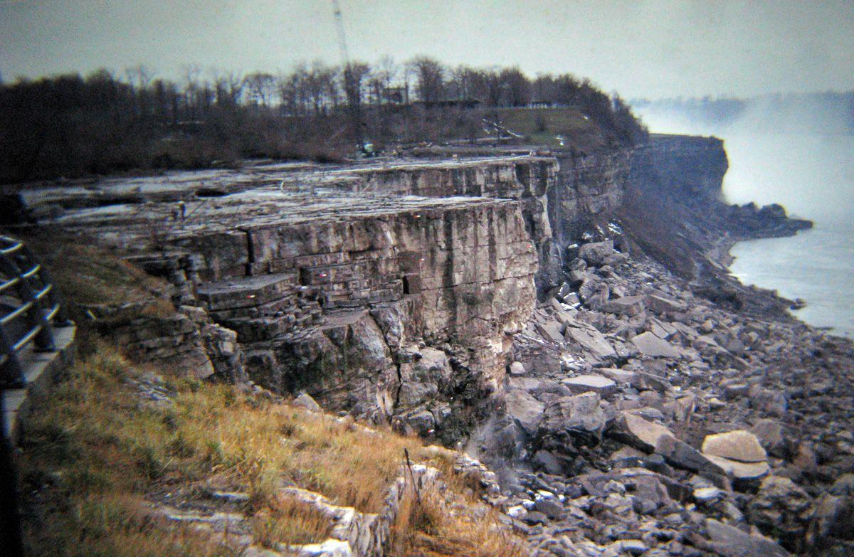 В 1969 году впервые осушили Ниагарский водопад 7