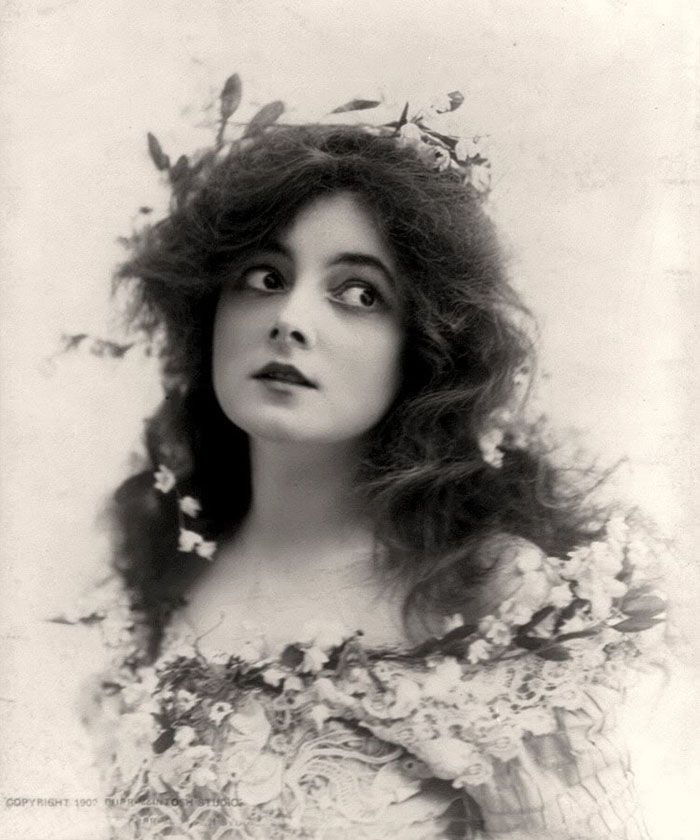Самые красивые женщины 1900-х годов 3