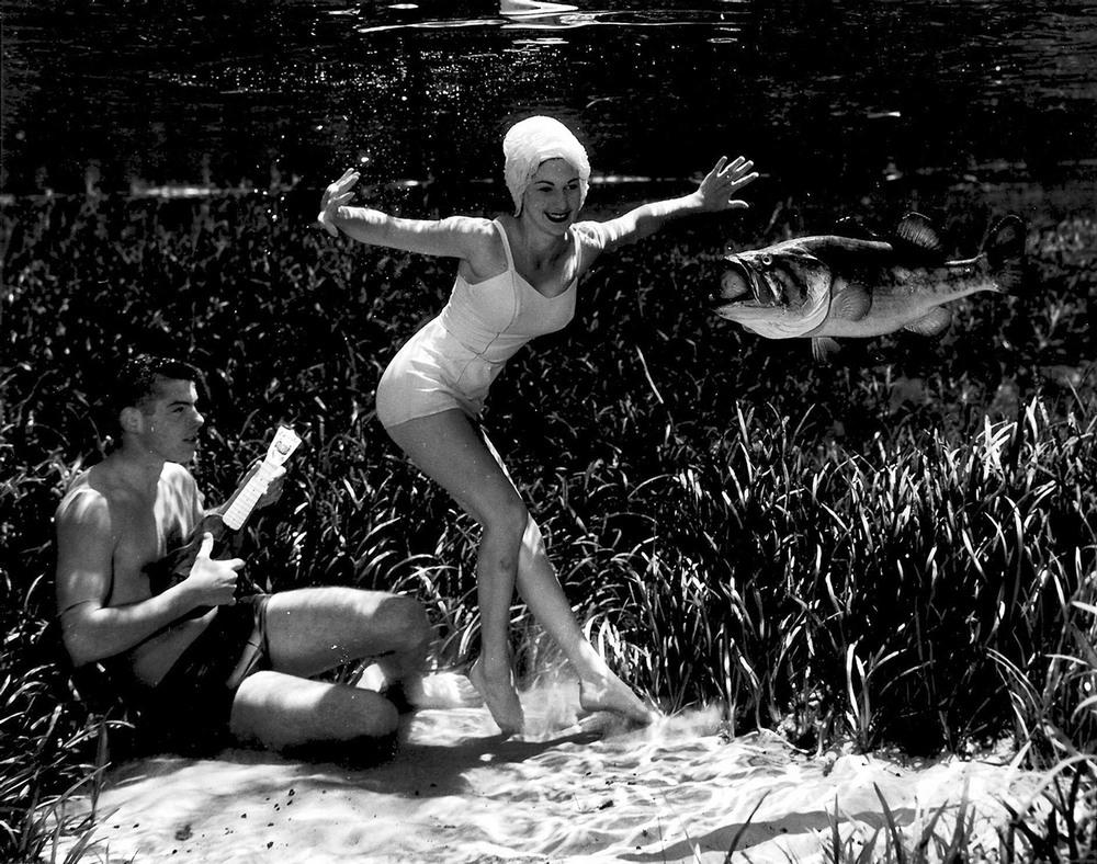 Пин-ап фотосессия 1938 года от пионера подводной фотографии Брюса Мозерта 2