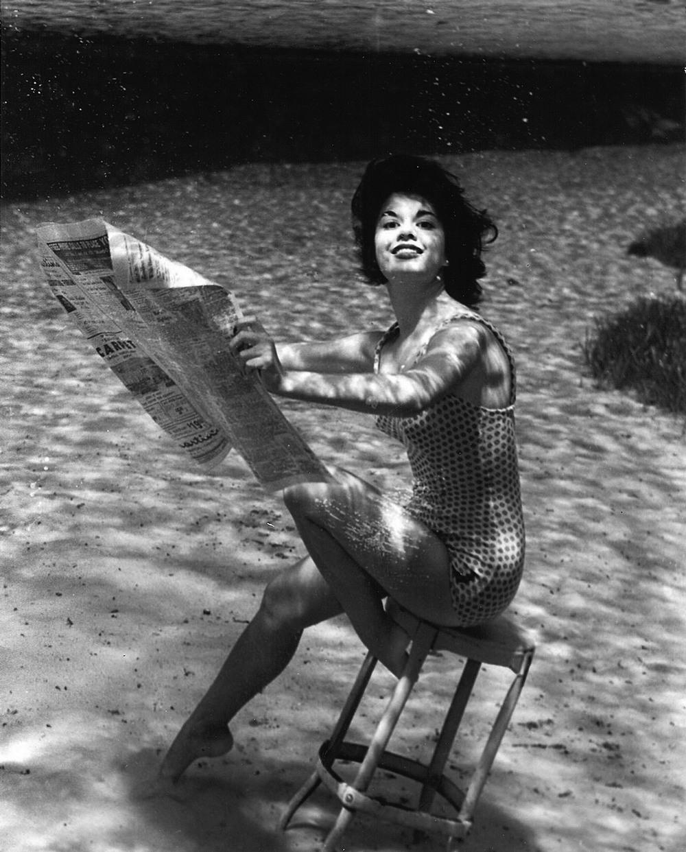 Пин-ап фотосессия 1938 года от пионера подводной фотографии Брюса Мозерта 9