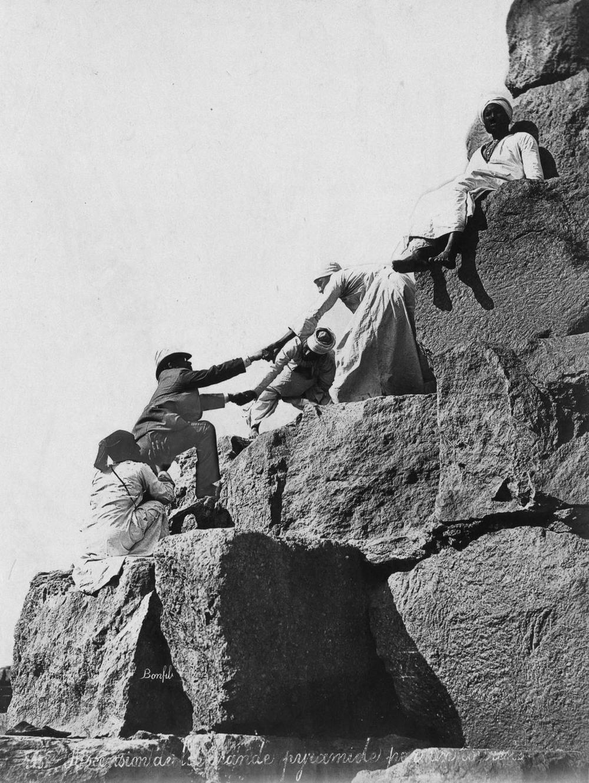 Ретро фотографии туристов на пирамидах Гизы  16