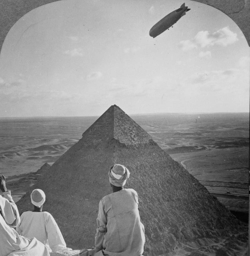 Ретро фотографии туристов на пирамидах Гизы  20