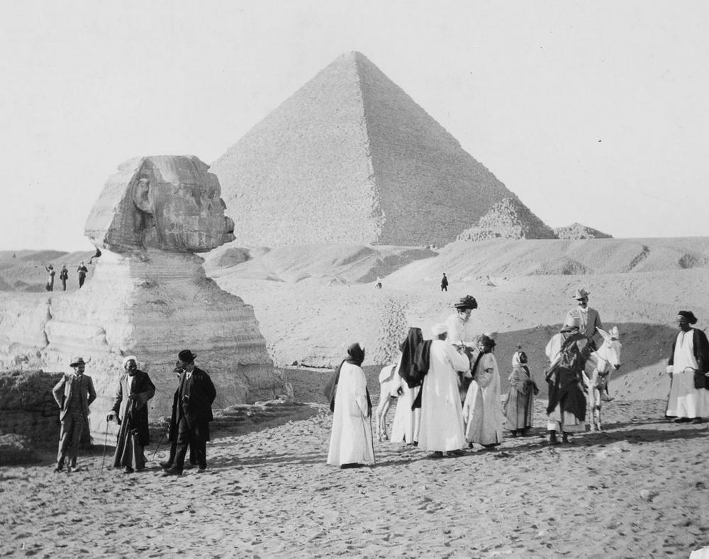 Ретро фотографии туристов на пирамидах Гизы  5