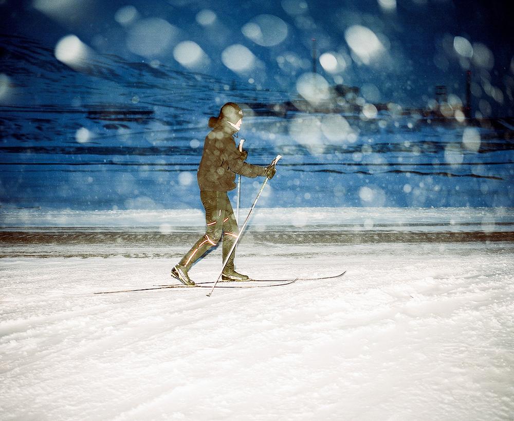 Доминика Гешицка «Это ненастоящая жизнь»: фотопроект о самом северном городе в мире 11