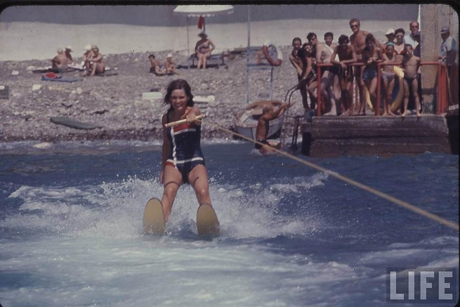 Как жила советская молодёжь в 1967 году. Снимал американский фотограф Билл Эппридж  23