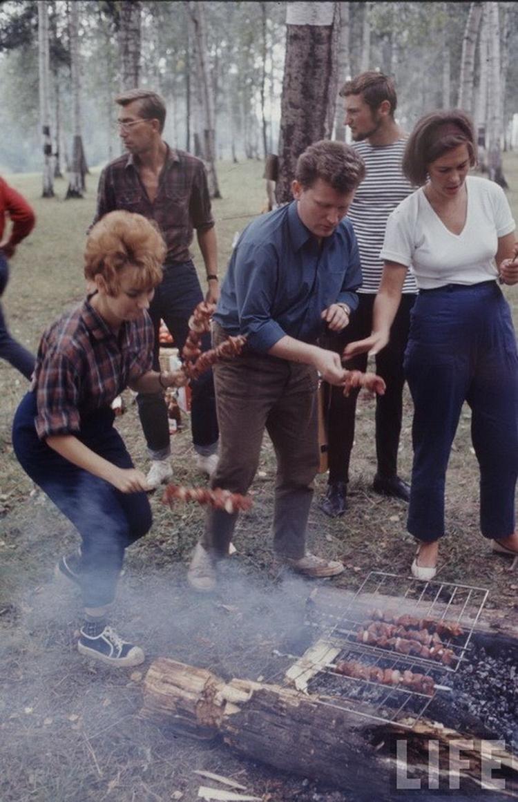 Как жила советская молодёжь в 1967 году. Снимал американский фотограф Билл Эппридж  26