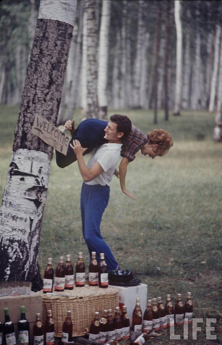 Как жила советская молодёжь в 1967 году. Снимал американский фотограф Билл Эппридж  30