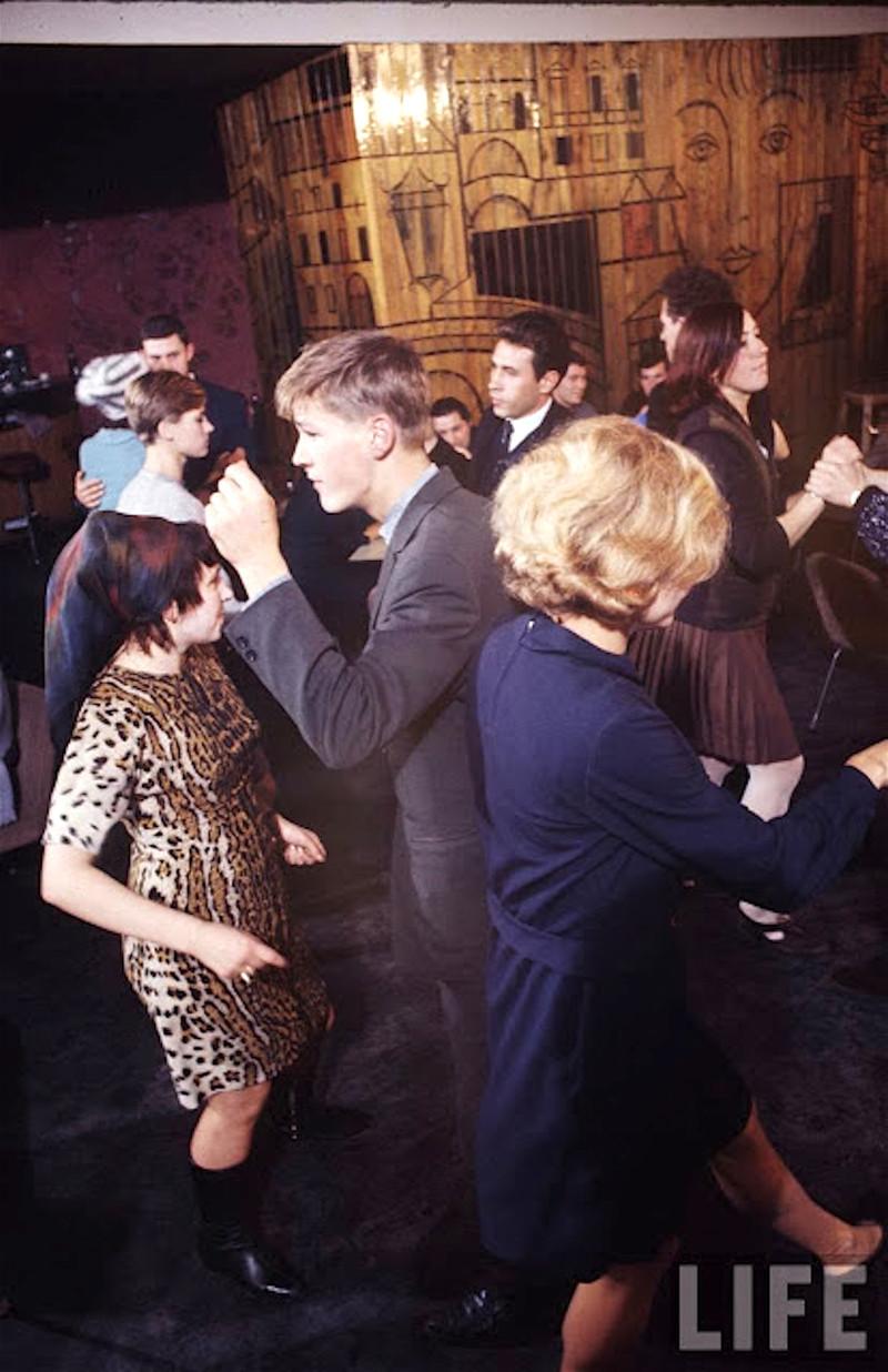 Как жила советская молодёжь в 1967 году. Снимал американский фотограф Билл Эппридж  37