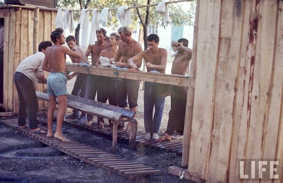 Как жила советская молодёжь в 1967 году. Снимал американский фотограф Билл Эппридж  4