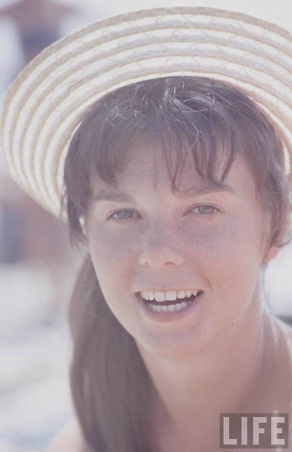 Как жила советская молодёжь в 1967 году. Снимал американский фотограф Билл Эппридж  45