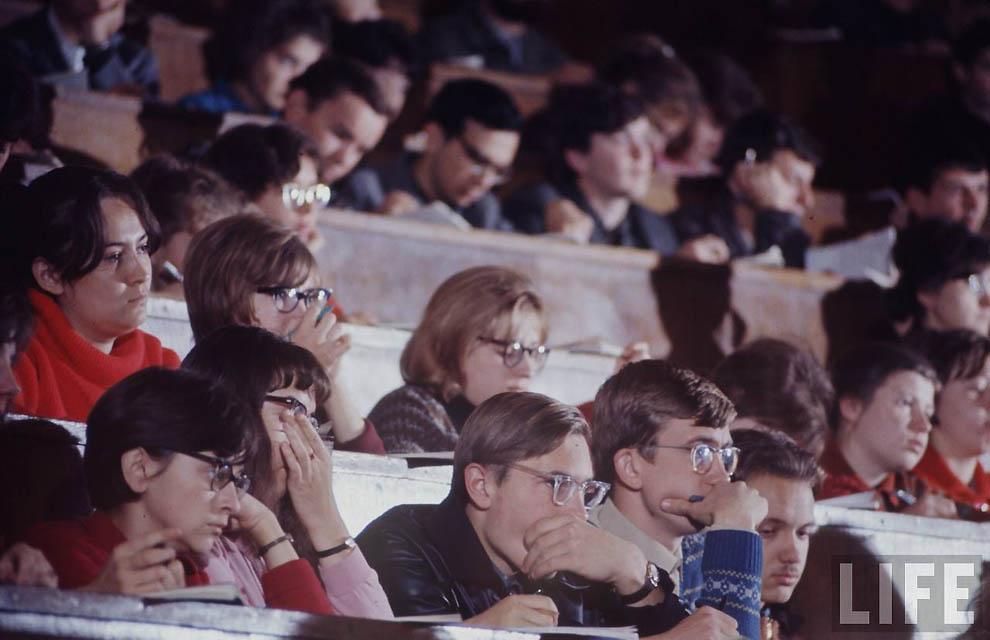 Как жила советская молодёжь в 1967 году. Снимал американский фотограф Билл Эппридж  48