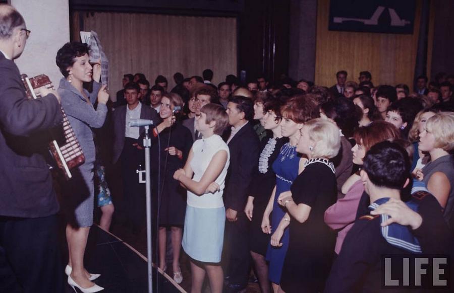 Как жила советская молодёжь в 1967 году. Снимал американский фотограф Билл Эппридж  6