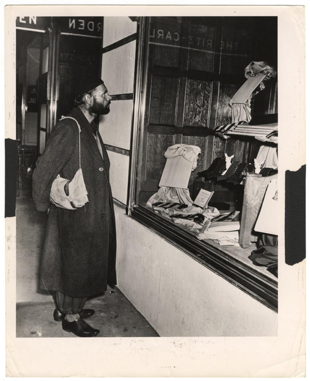 Ритц-Карлтон Гарден, 1942