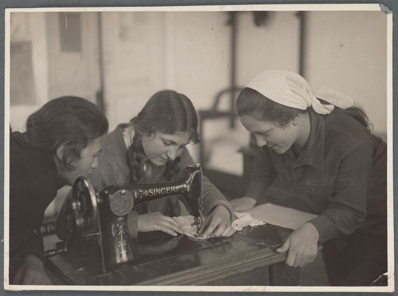 Советская Россия в первые годы своего существования – 94 фотографии 93