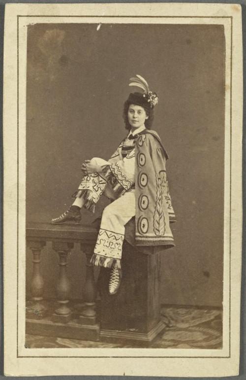 19-й век: балерины и монархи в фотографиях Карла Бергамаско  22