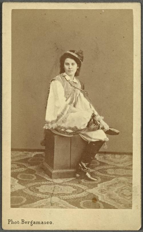 19-й век: балерины и монархи в фотографиях Карла Бергамаско  23