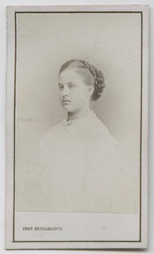 19-й век: балерины и монархи в фотографиях Карла Бергамаско  27