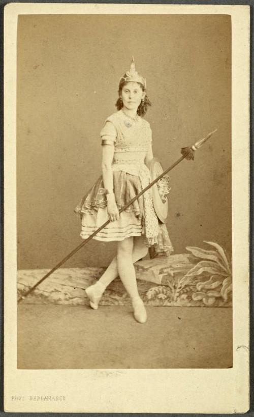 19-й век: балерины и монархи в фотографиях Карла Бергамаско  4