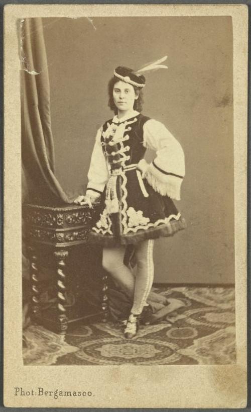19-й век: балерины и монархи в фотографиях Карла Бергамаско  7