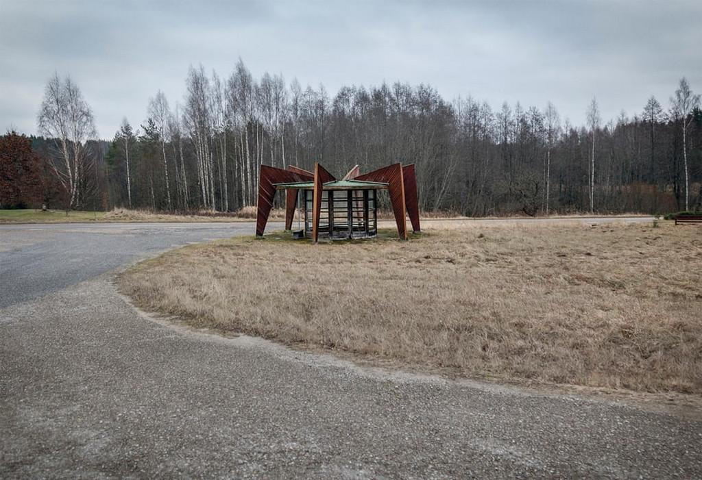 Советские автобусные остановки в фотографиях Кристофера Хервига 16