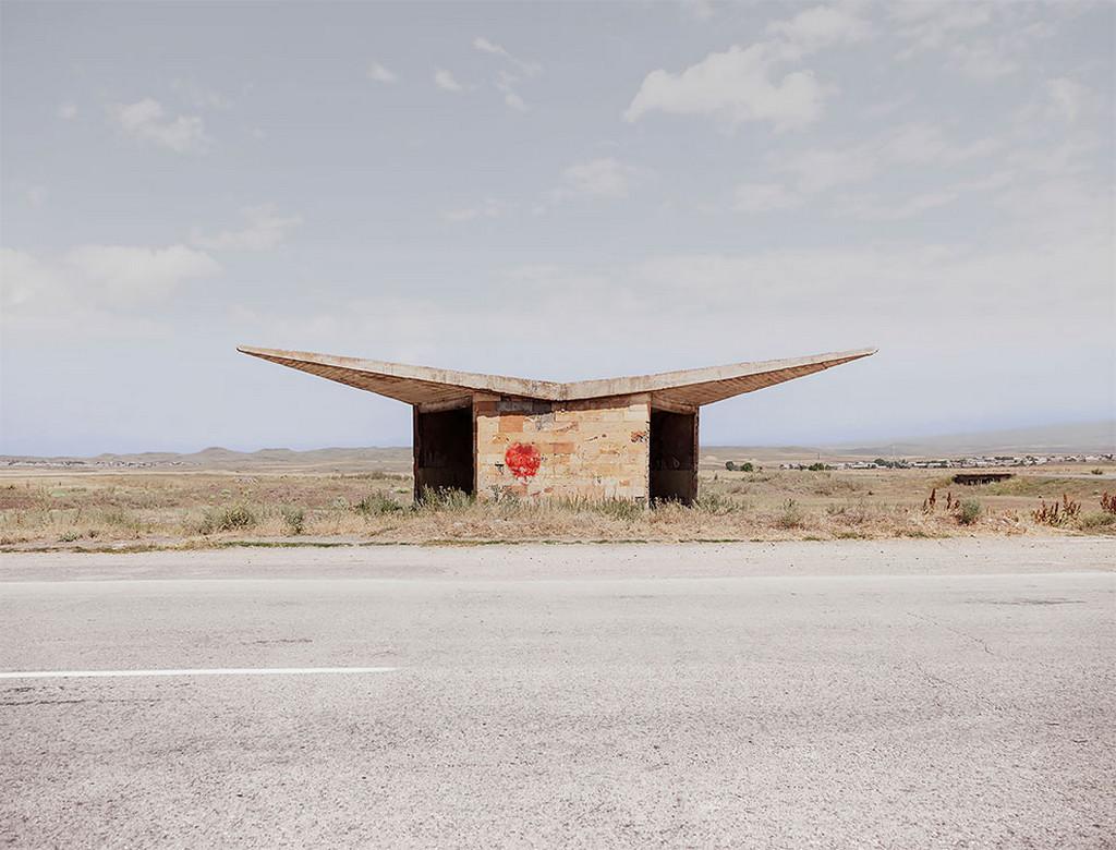 Советские автобусные остановки в фотографиях Кристофера Хервига 25