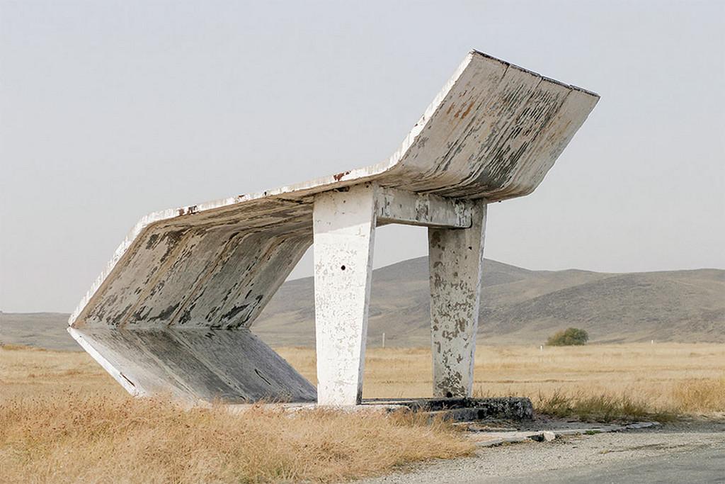Советские автобусные остановки в фотографиях Кристофера Хервига 28