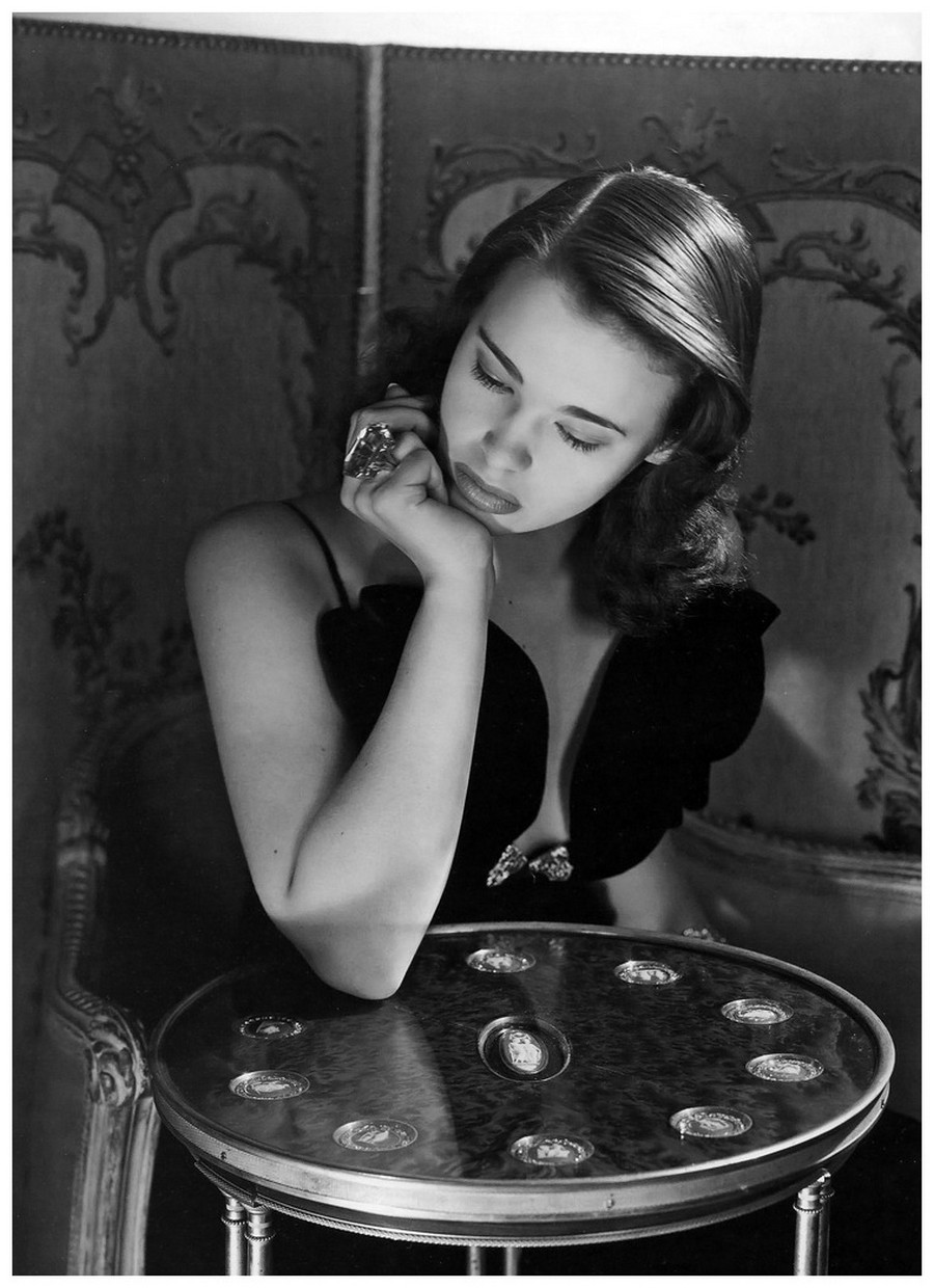 Gloria Vanderbilt New York 1941