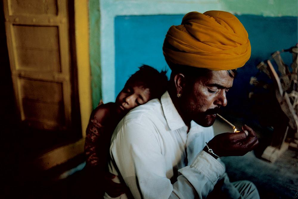 того, фотографы снимающие индию именно учителя