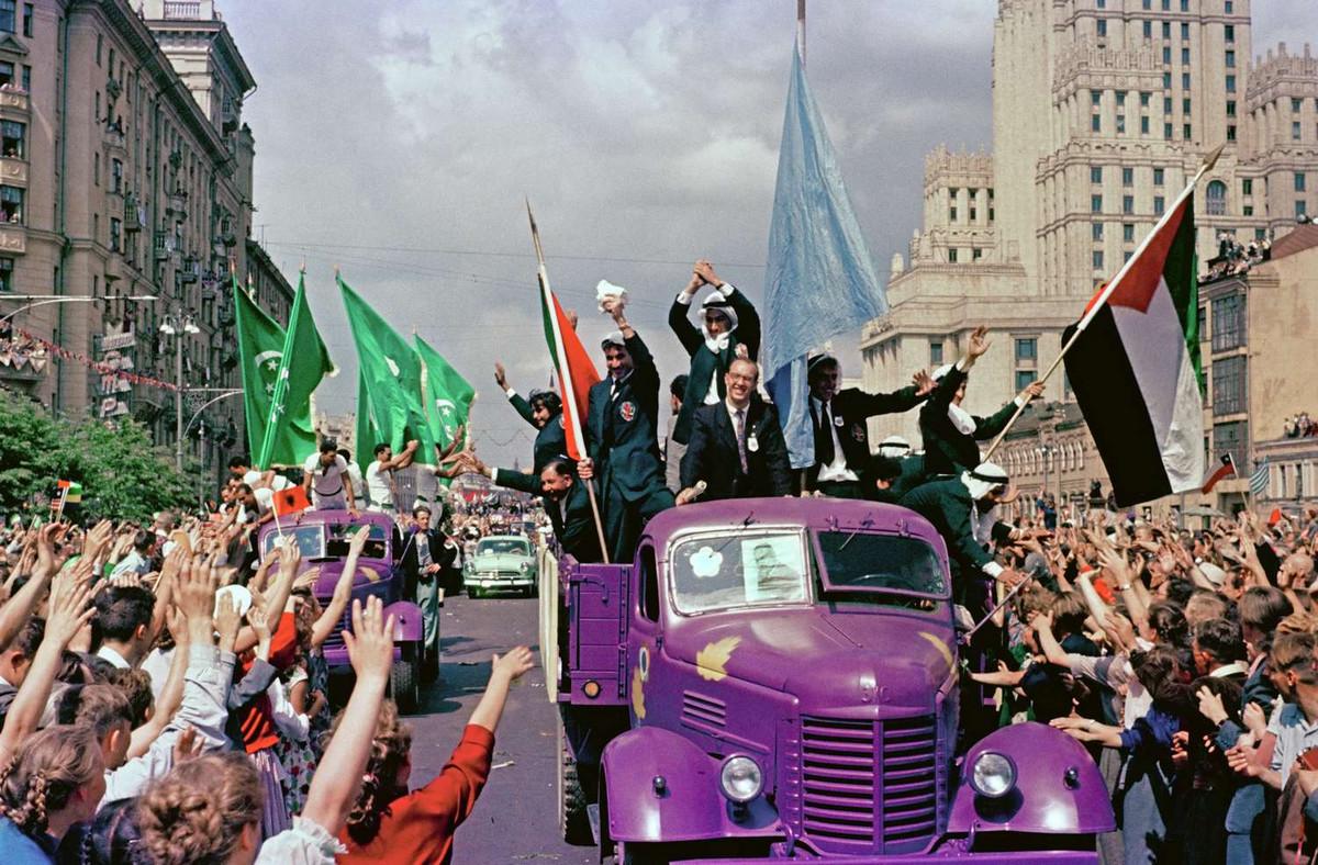 festival molodezhi studentov Moskva 1957.jpg 1