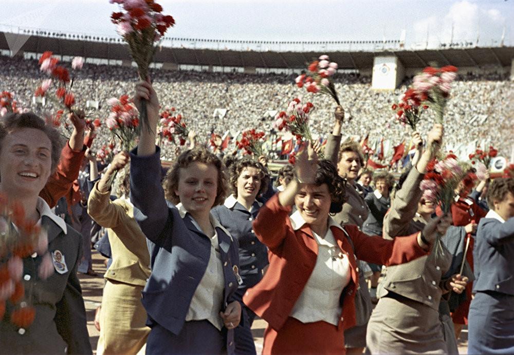 festival molodezhi studentov Moskva 1957.jpg 15
