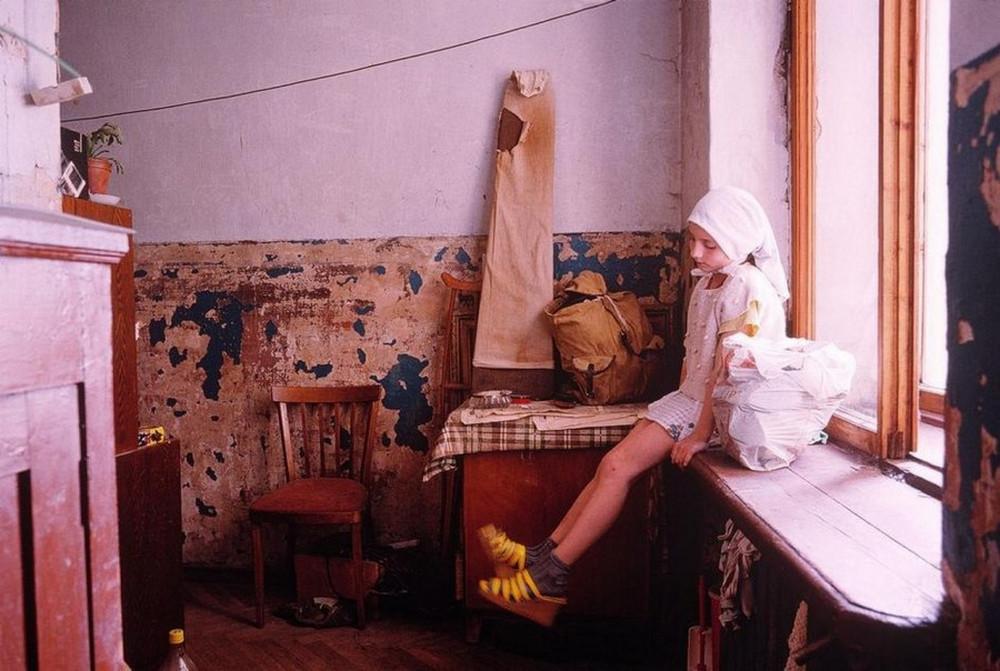 Отчаянные девяностые в объективе французского фотографа Лиз Сарфати 21