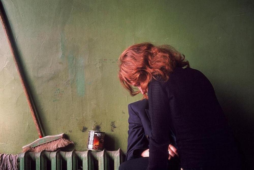 Отчаянные девяностые в объективе французского фотографа Лиз Сарфати 37