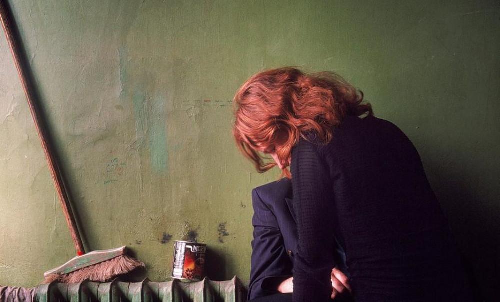 Отчаянные девяностые в объективе французского фотографа Лиз Сарфати 76