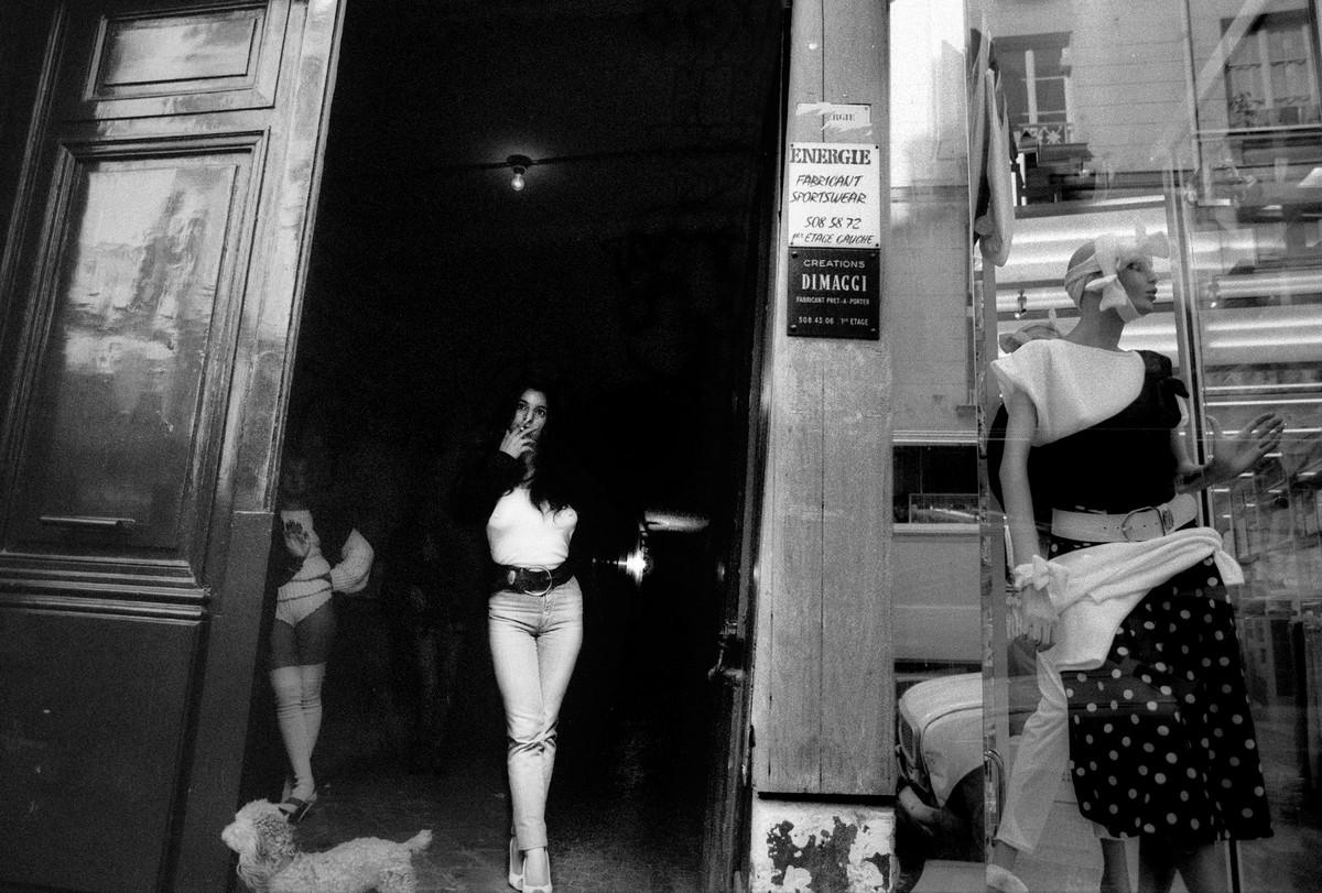Проститутки а париже где