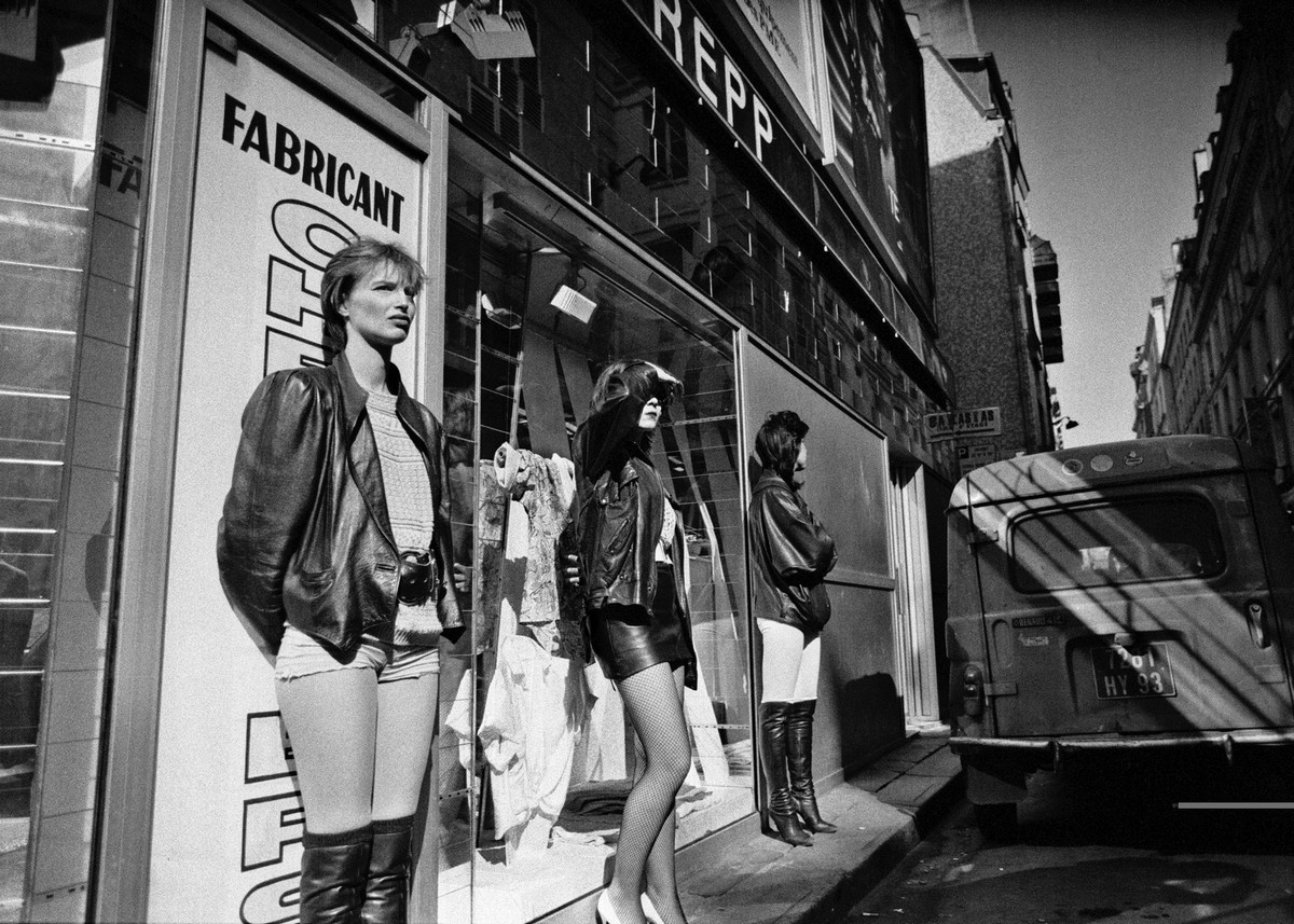 Фото проституток парижа — 15