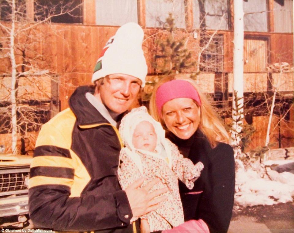 Семейные фотографии Дональда Трампа, найденные в комиссионном магазине 22