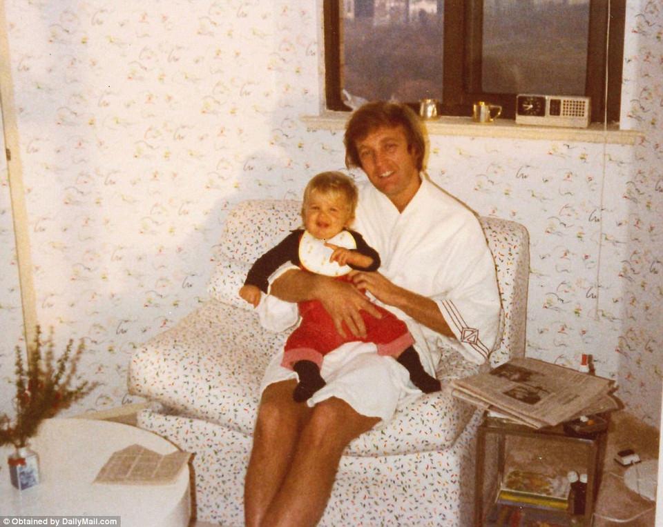 Семейные фотографии Дональда Трампа, найденные в комиссионном магазине 5