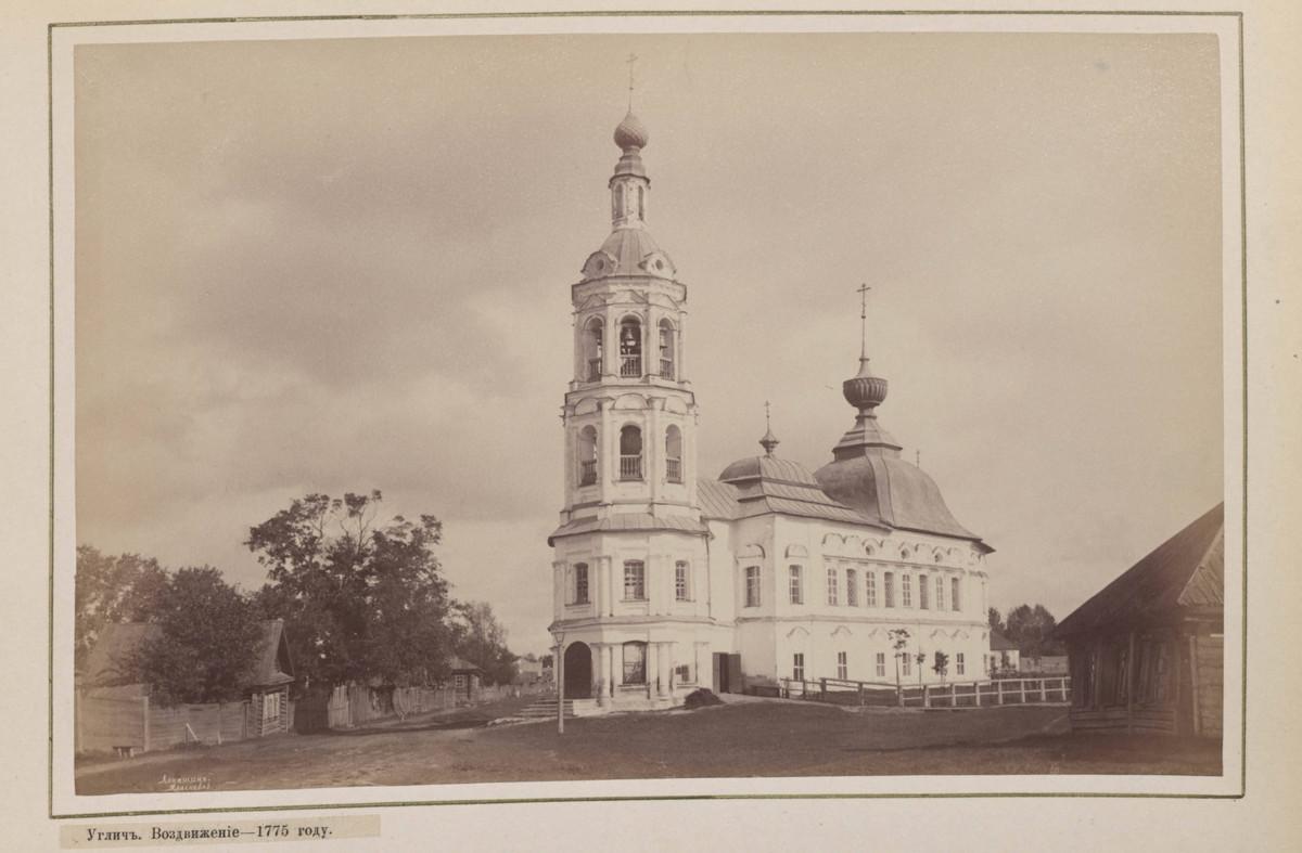 Hramy-goroda-Uglicha-v-starinnyh-foto_24