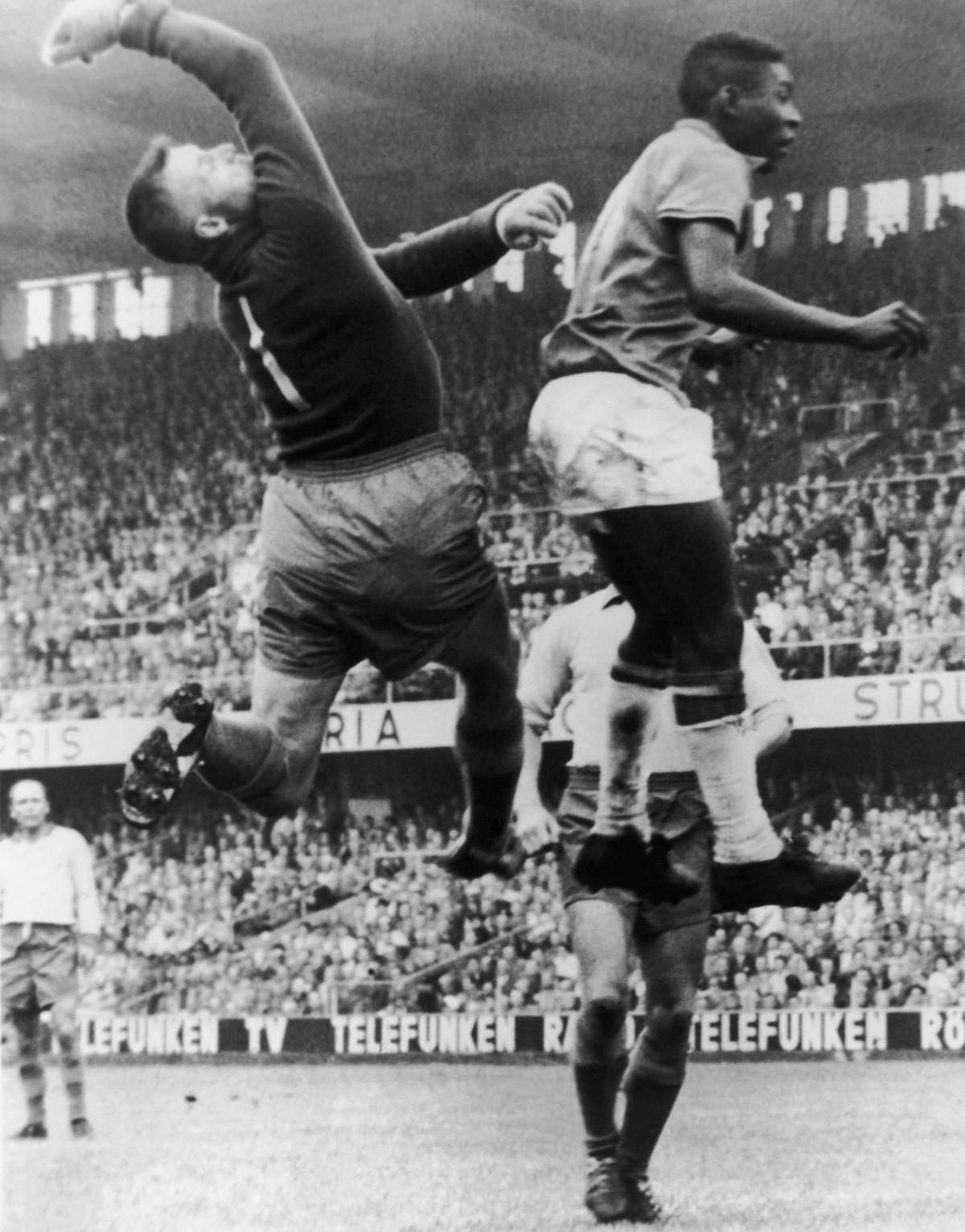 История Короля футбола: как Пеле стал звездой чемпионата мира 13
